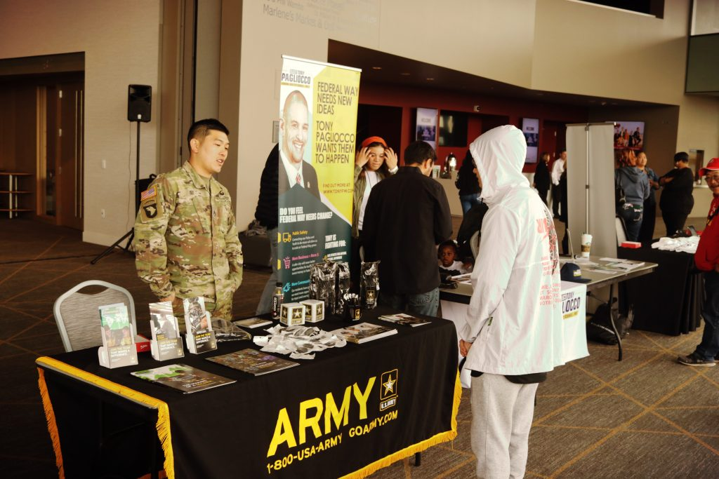US Army Recruiter at the Shyan Selah Experience