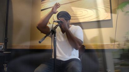 Shyan Selah performing at Starbucks in Federal Way, WA